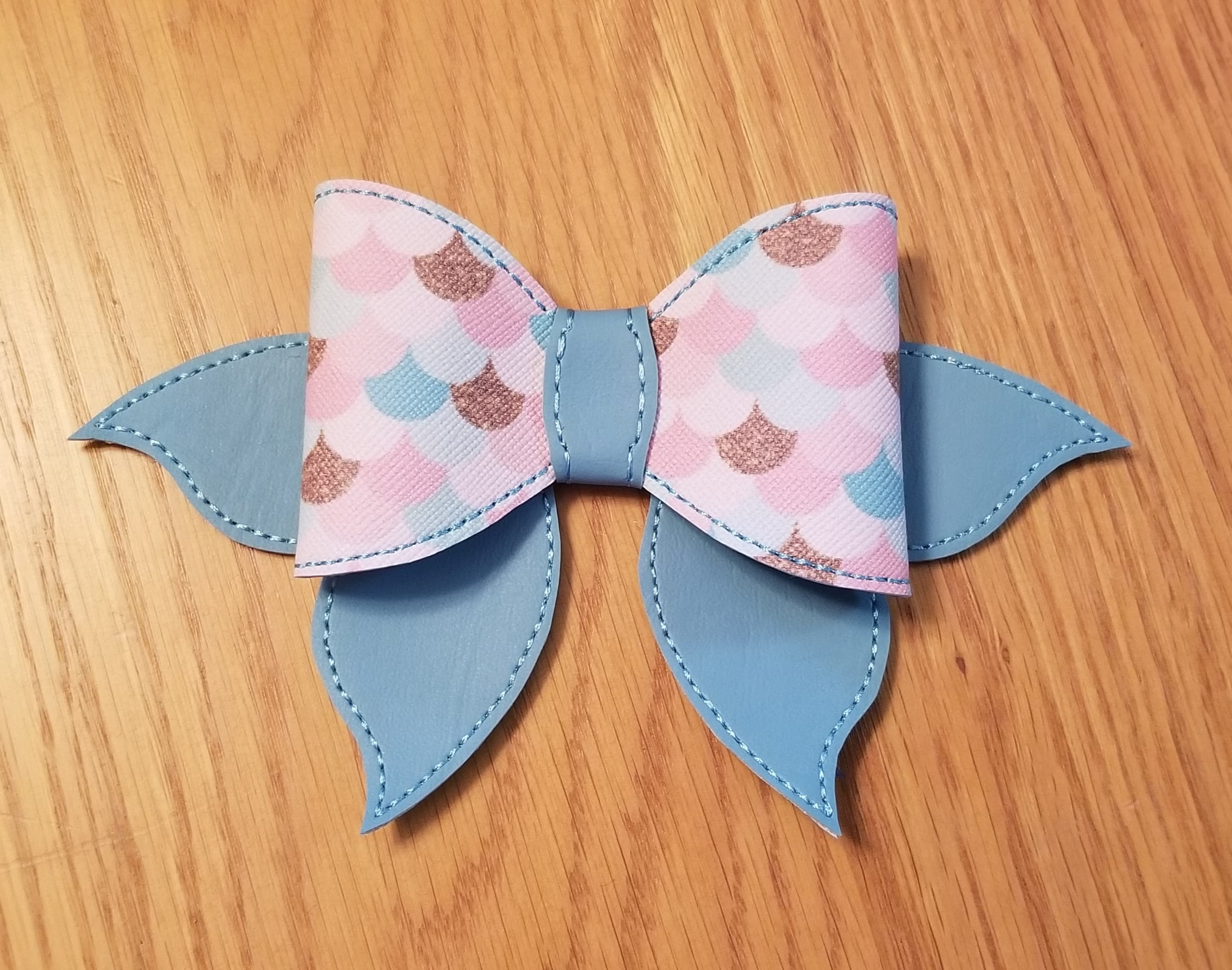 Mermaid Bow with Fin Embroidery Design