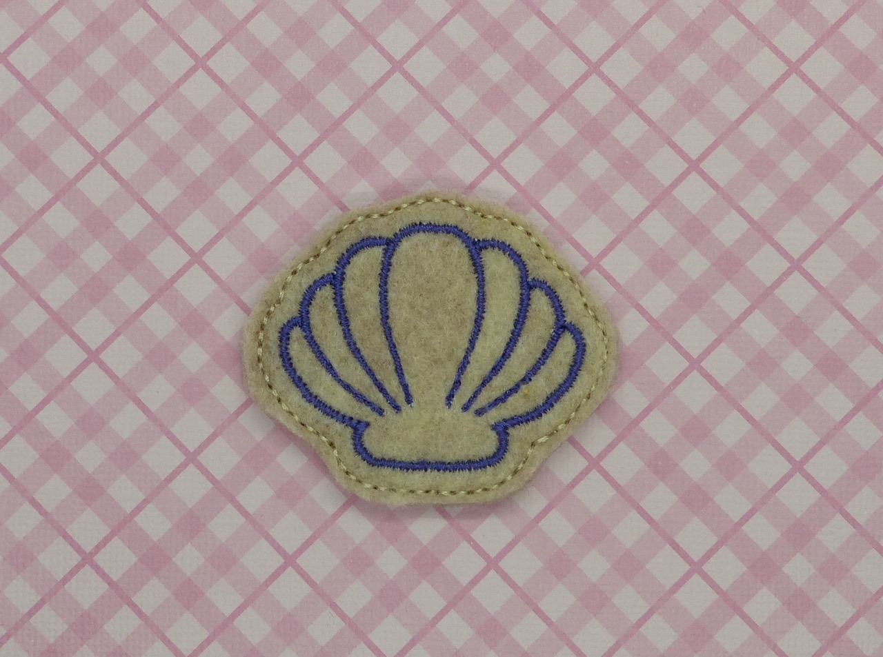 Shell Feltie Embroidery Design