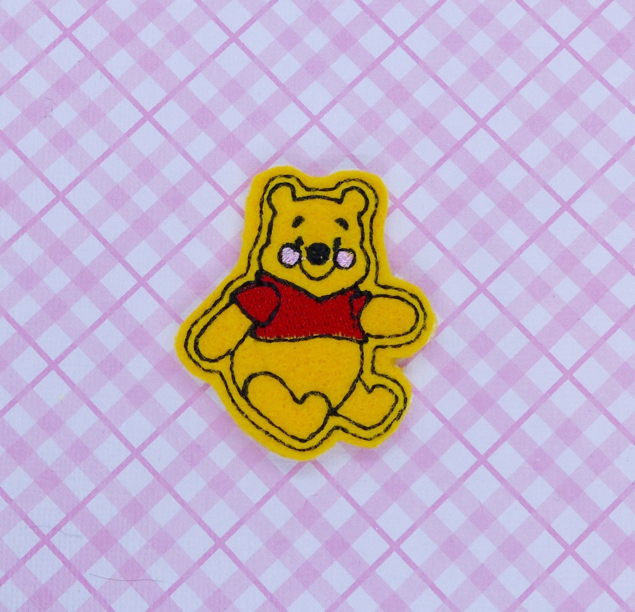 Honey Bear Sitting Feltie Embroidery Design