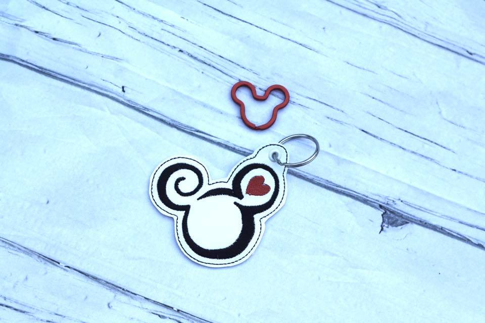 Mouse Love Keyfob Embroidery Design