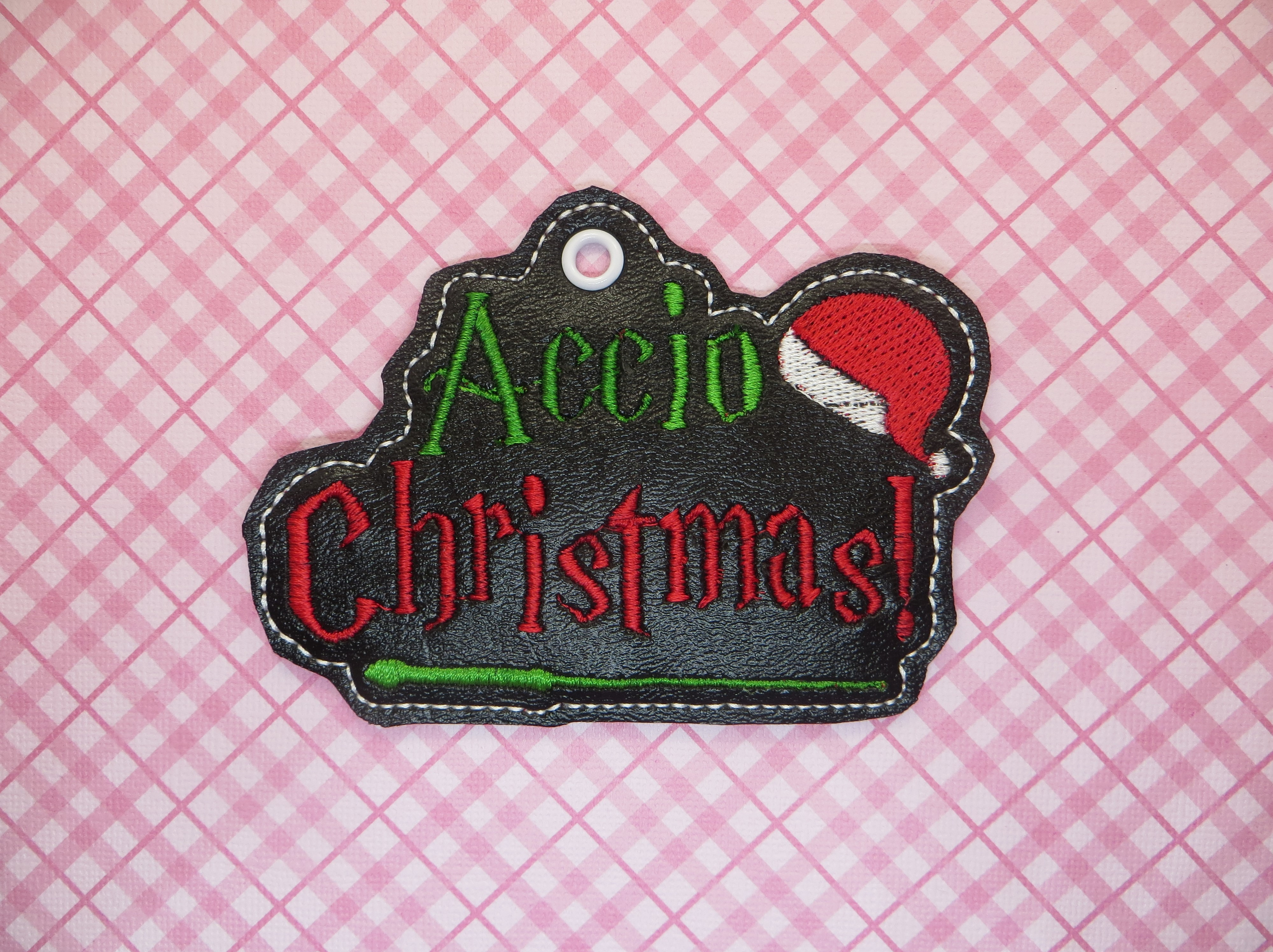 HP Christmas Spell Ornament Embroidery Design