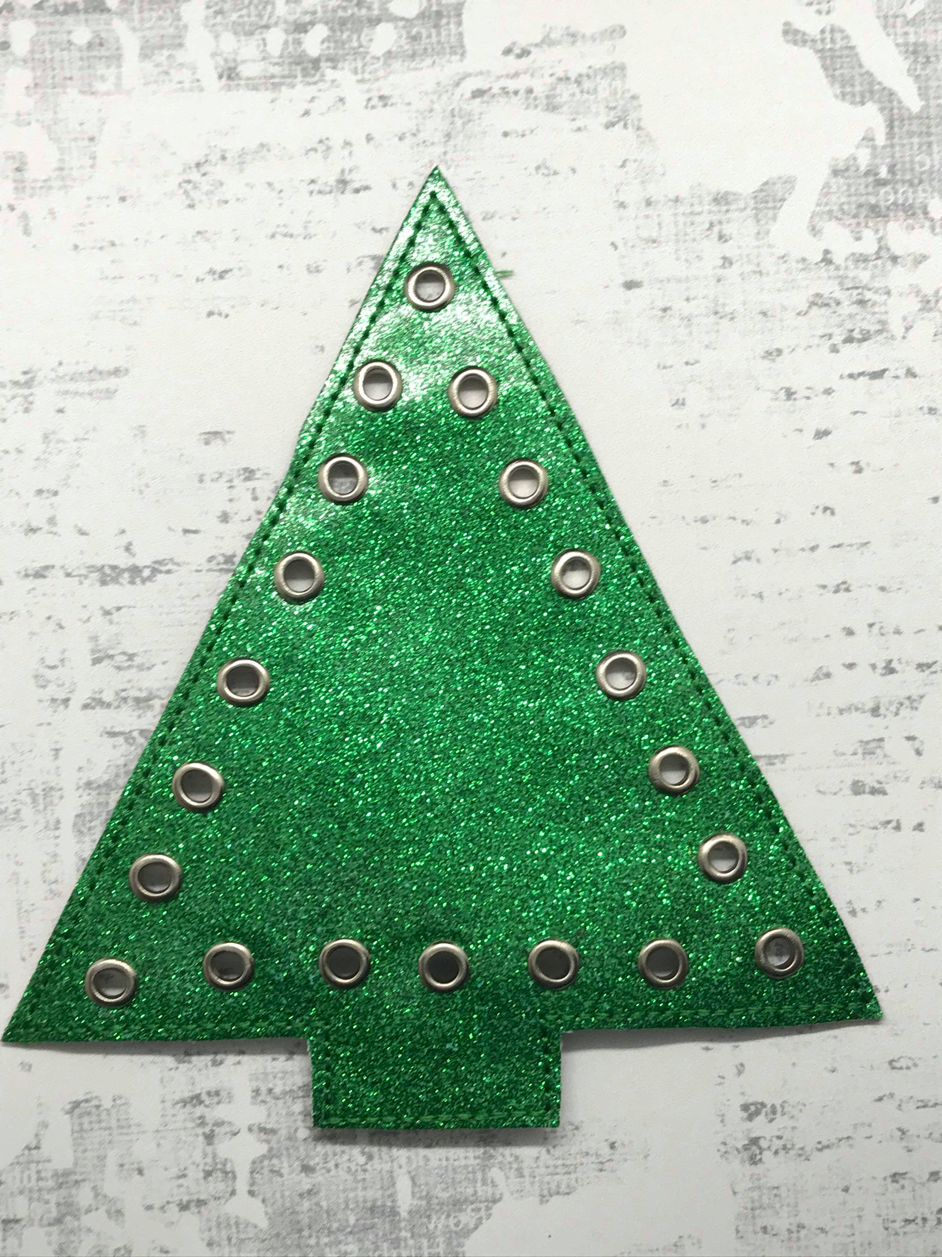 Lace Up Christmas Tree Embroidery Design