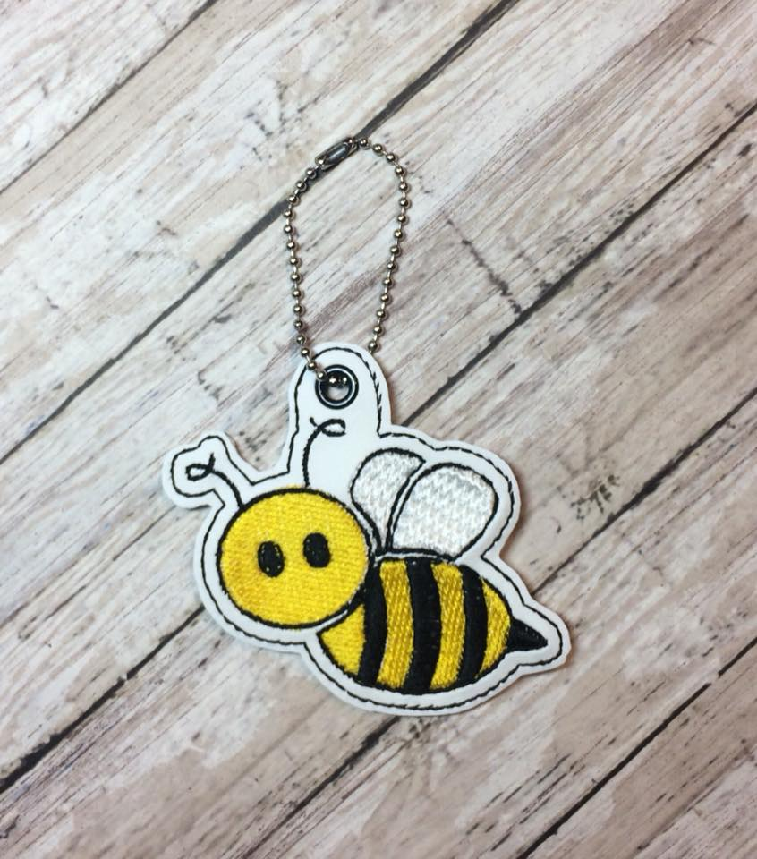 Flying Bee Snaptab / Keyfob Embroidery Design