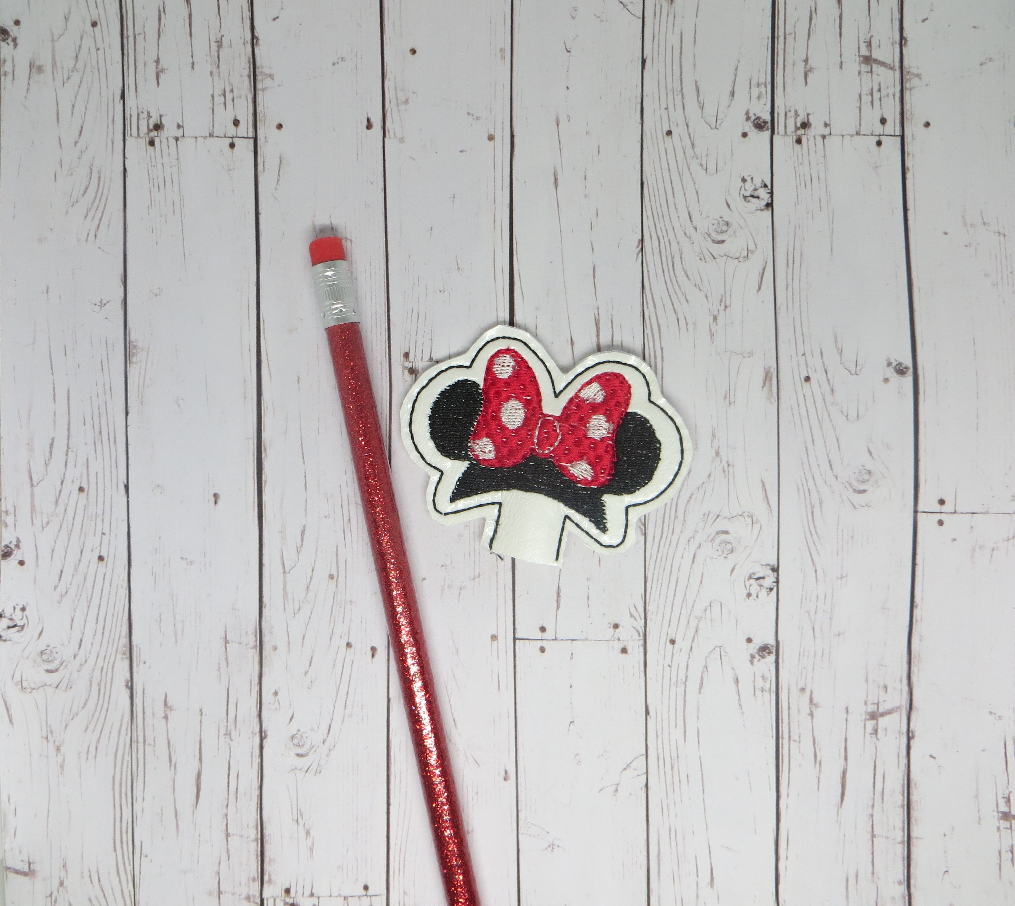Mrs Mouse Pencil Topper Embroidery Design