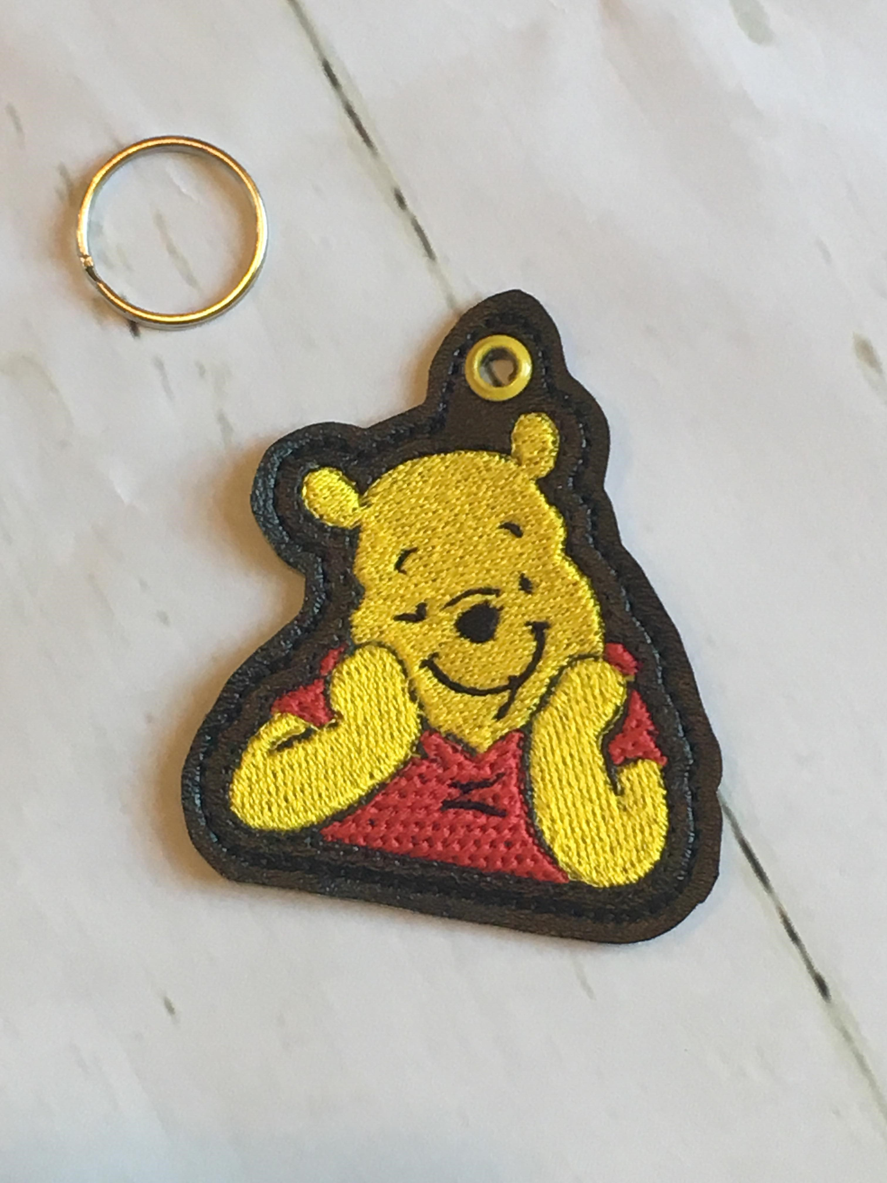 Smiling Honey Bear KeyFob Embroidery Design
