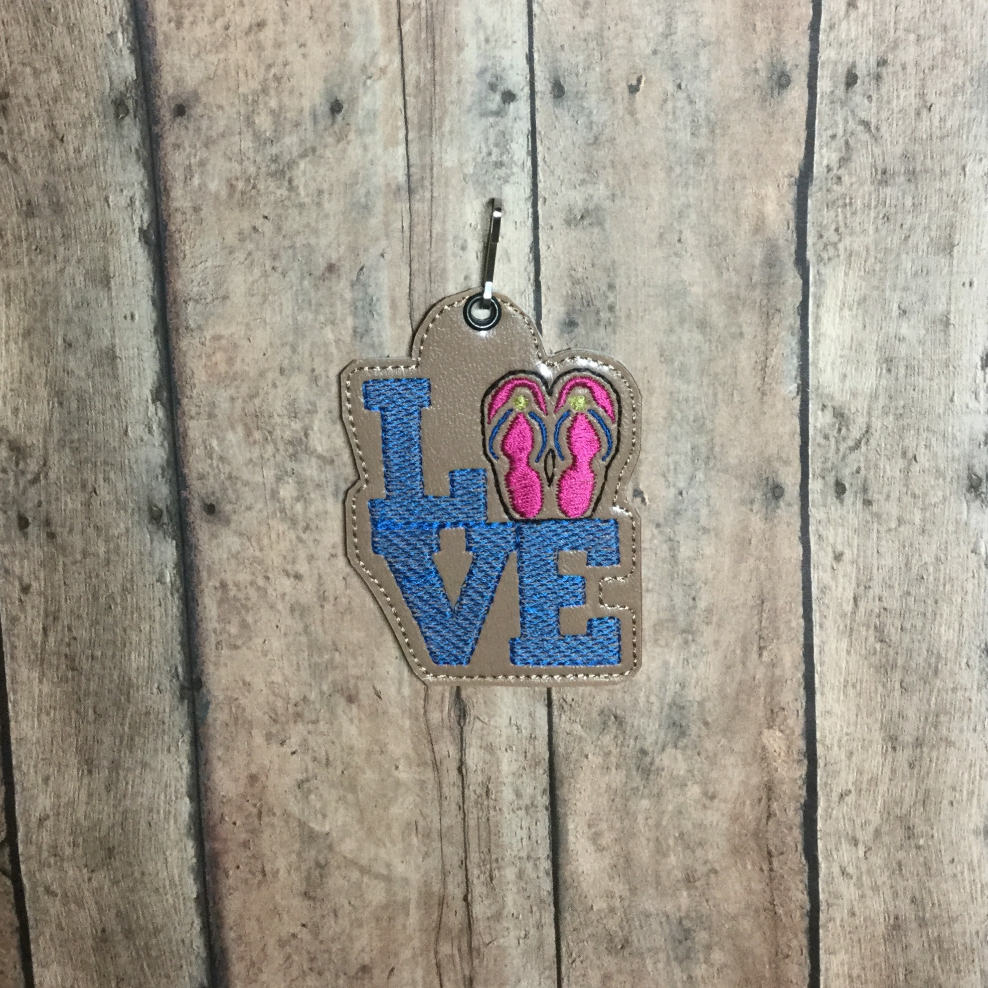 Flipflop Love Snaptab / Keyfob Embroidery Design