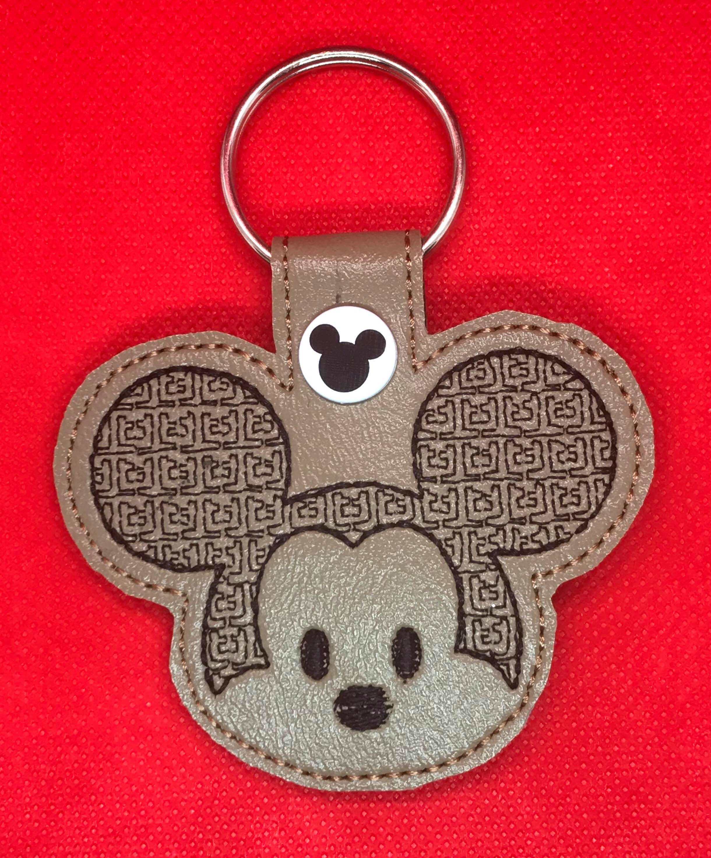 Mr Mouse Motif Snaptab / Keyfob Embroidery Design