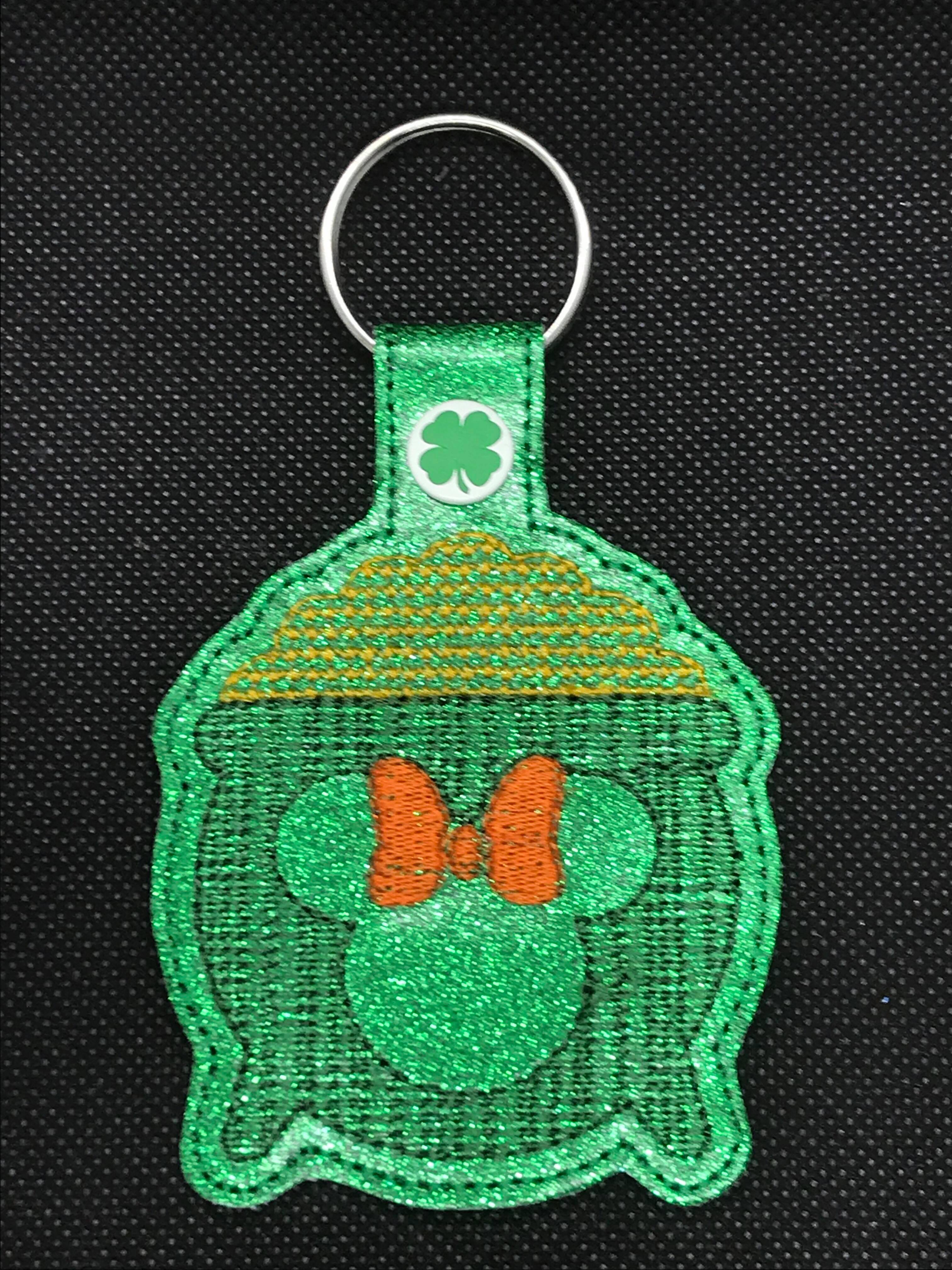 Mrs Mouse Pot of Gold Snaptab / Keyfob Embroidery Design