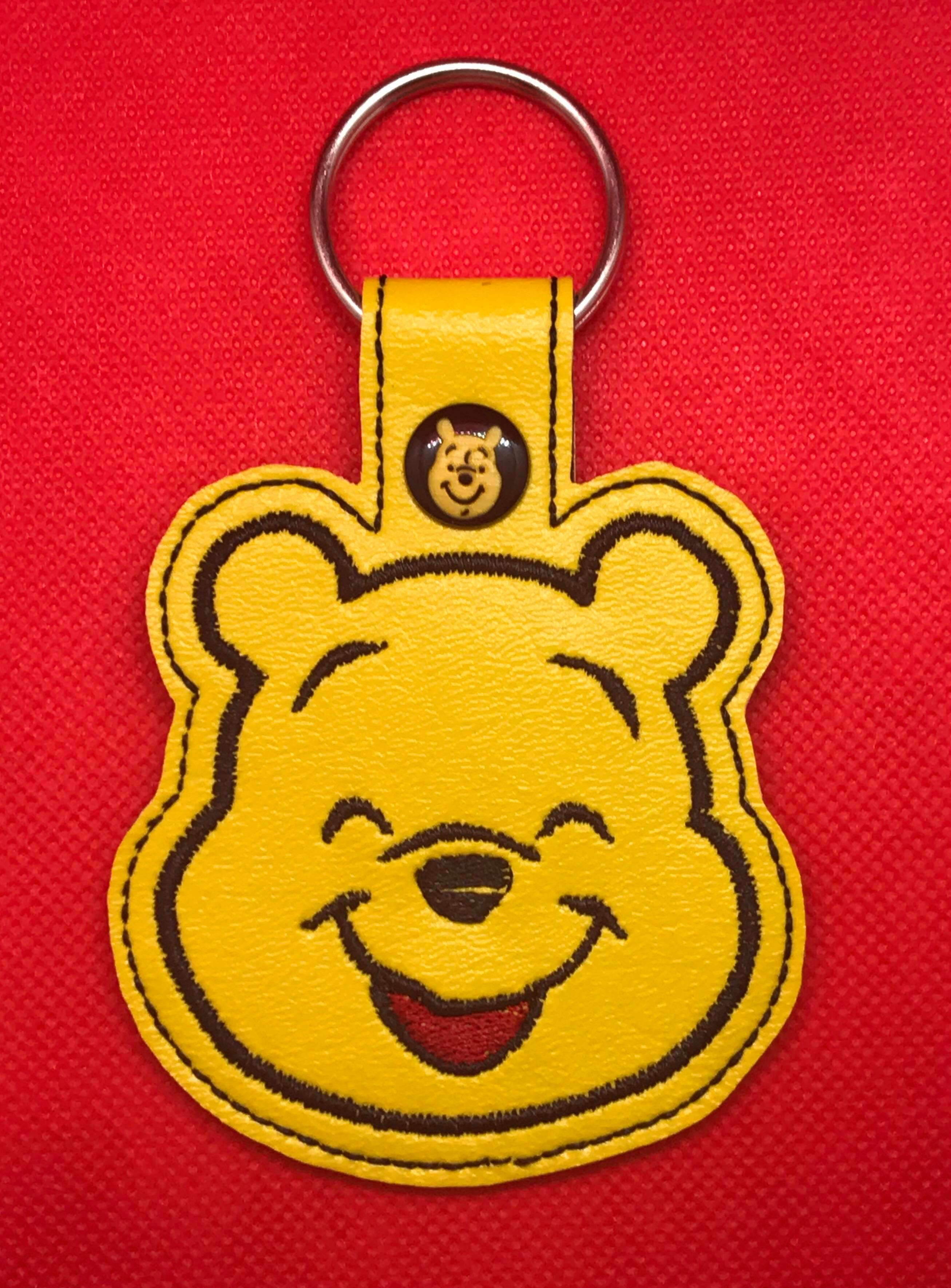 Smiling Honey Bear Snaptab Embroidery Design