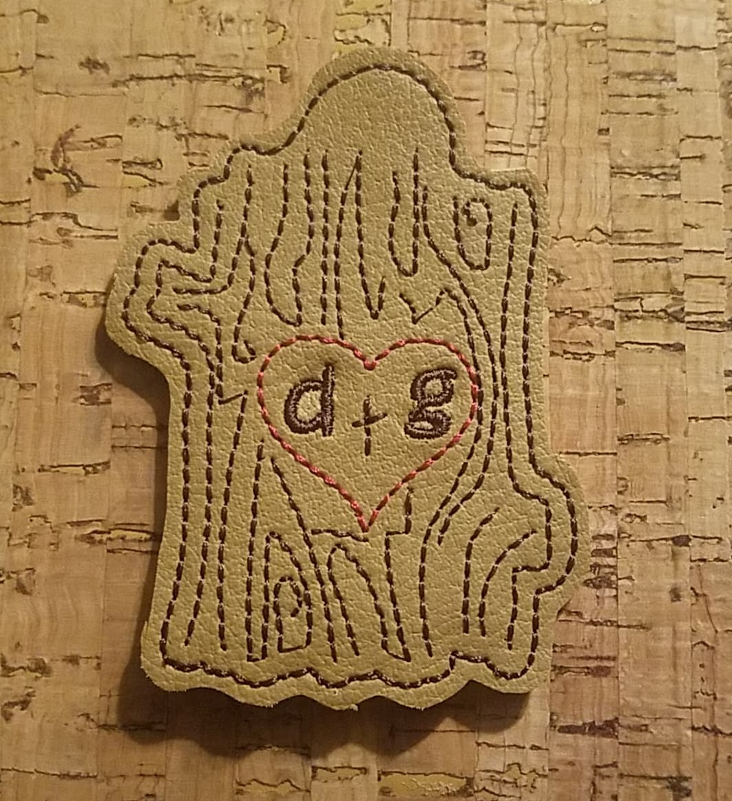 Tree Trunk Love Snaptab / Keyfob Embroidery Design