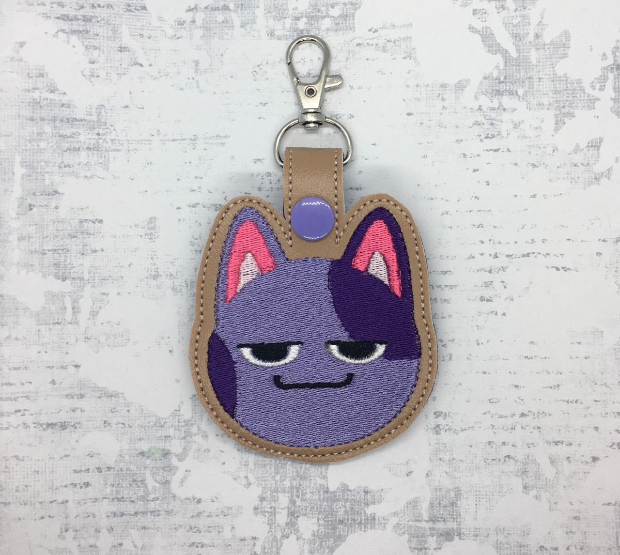 Bob from Animal Crossing Snaptab / Keyfob Embroidery Design
