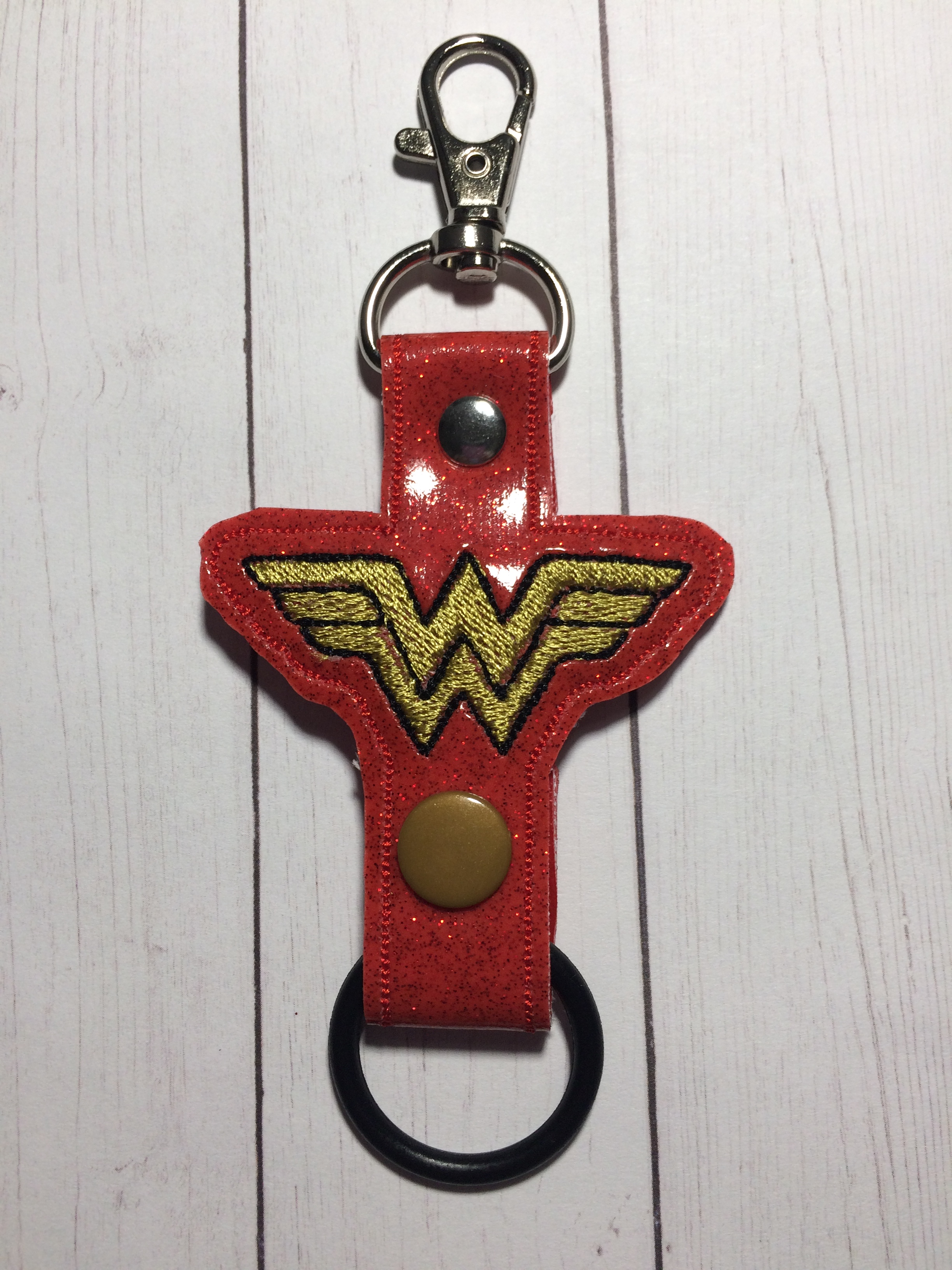 Wonder Women Water Bottle Holder Embroidery Design