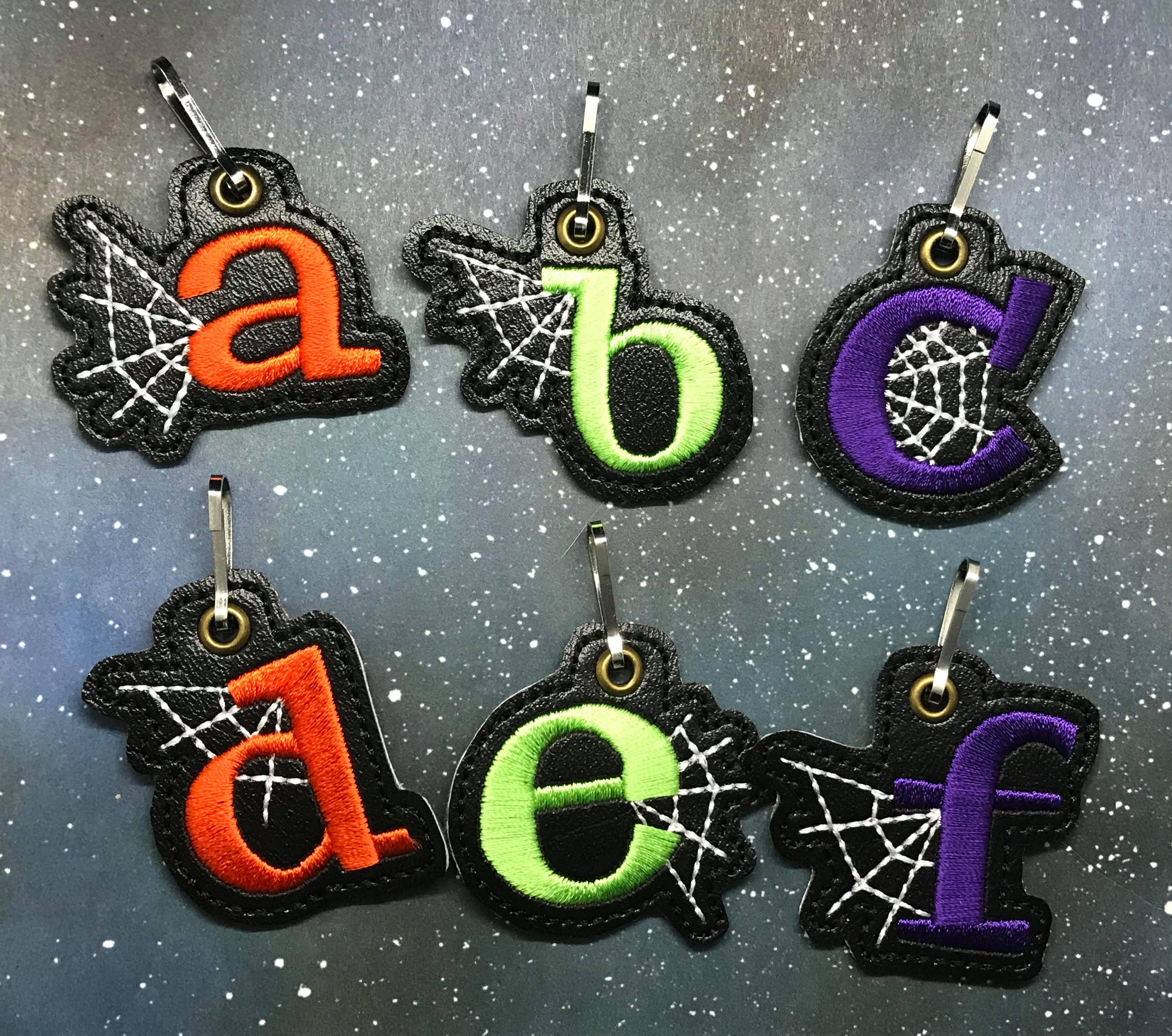 Letter D with Web Zipper Pull Embroidery Design