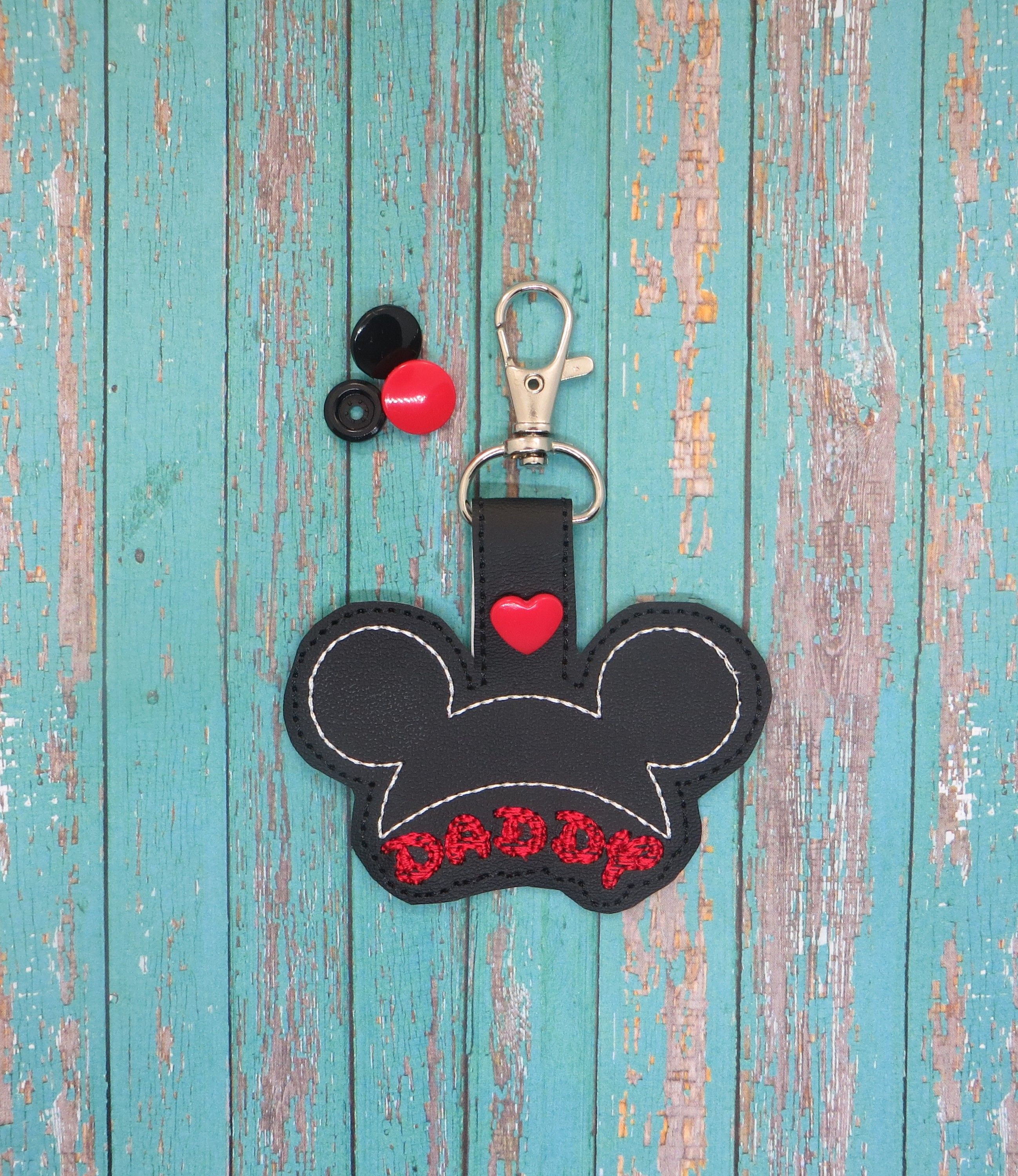 Daddy Mouse Snaptab / Key Fob Embroidery Design