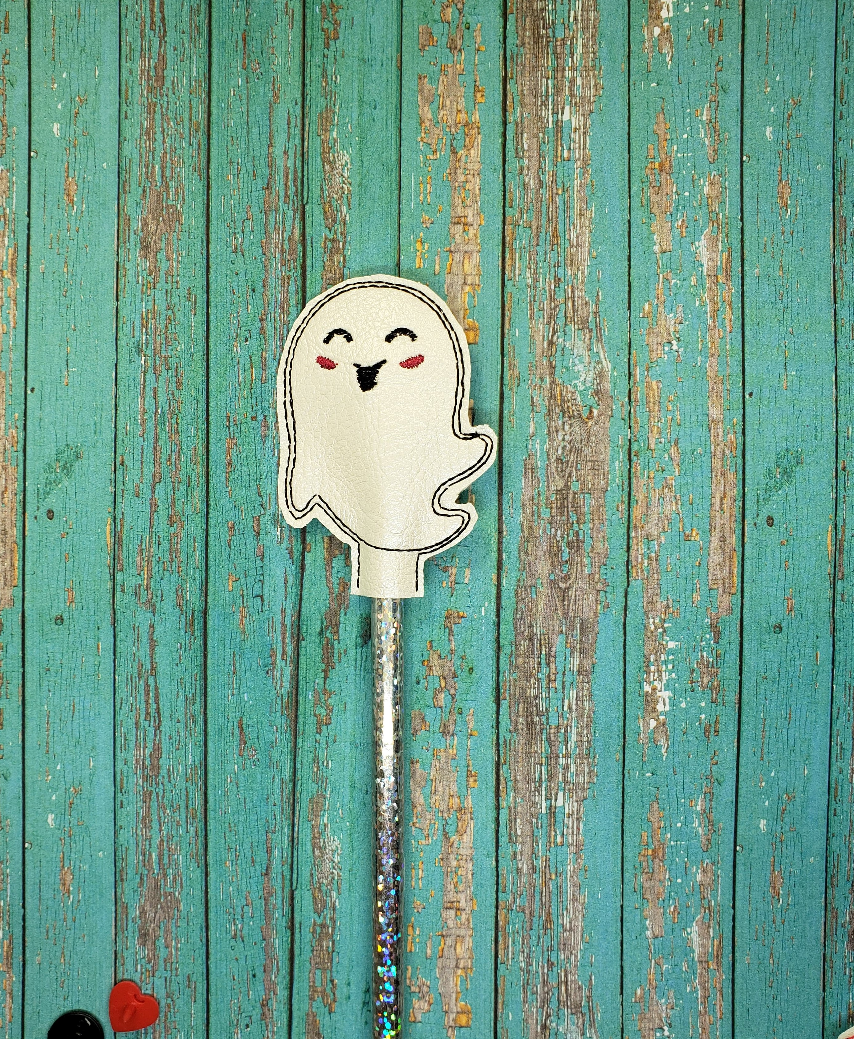 Smiling Ghost Pencil Topper Embroidery Design