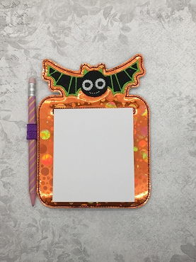 Flying Bat Note Pad Holder Embroidery Design (4x4 Post It Notes)