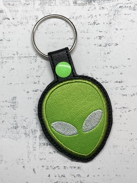 Alien Face Applique Snaptab / Keyfob Embroidery Design