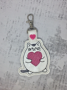 Fat Cat Love Snaptab / Keyfob Embroidery Design