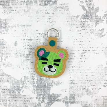 Murphy Animal Crossing Snaptab / Keyfob Embroidery Design