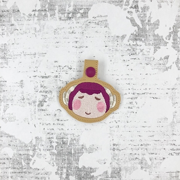 Stella Animal Crossing Snaptab / Keyfob Embroidery Design
