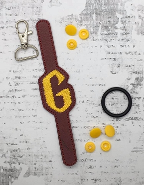 Letter G HP Font Water Bottle Holder Embroidery Design