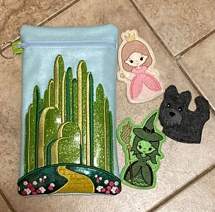 Wizard of Oz Set Zipper Bag & Finger Puppets Embroidery Design (6x10)