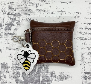 Bee Hive w/Bee Charm Zipper Bag Set Embroidery Design (4X4)
