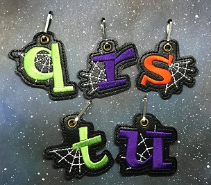 Letter Q with Web Zipper Pull Embroidery Design